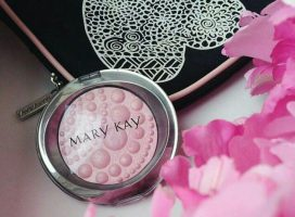 Mary Kay Trains Recruits to Blame Themselves