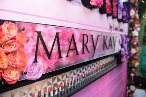 Earning a Mary Kay Living (While at Home With Your Children)